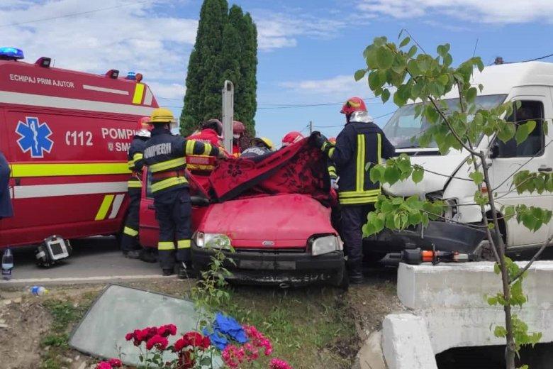 Súlyos baleset történt Dánoson, mentőhelikoptert riasztottak a helyszínre