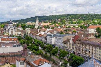A lakók véleményére is kíváncsiak a városfejlesztési stratégia kapcsán, de csak román nyelven