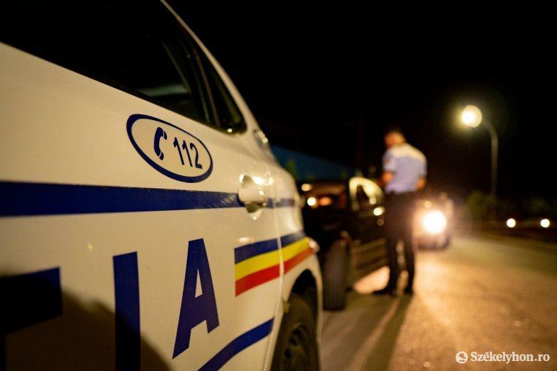 Ittas sofőrök, tömbház falának ütköző autó – ez a keddi rendőrségi mérleg