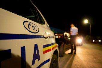 Két autó is elütötte az útszélen fekvő férfit – nem élte túl