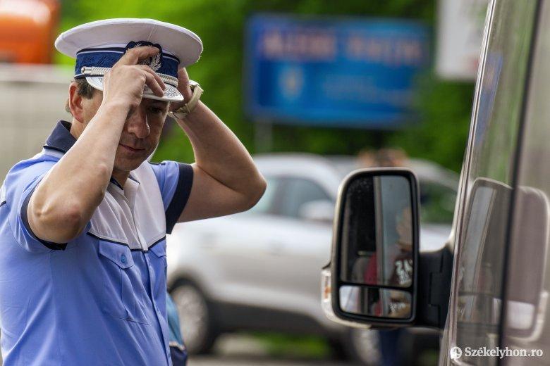 Hétvégi rendőrségi mérleg: villanyoszlopnak ütközés, gyalogosgázolás, ittas sofőrök