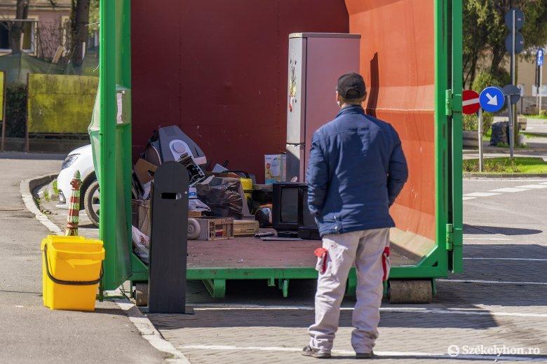 Összeszedik az elektronikai hulladékot, tavaszi nagytakarítást is szerveznek