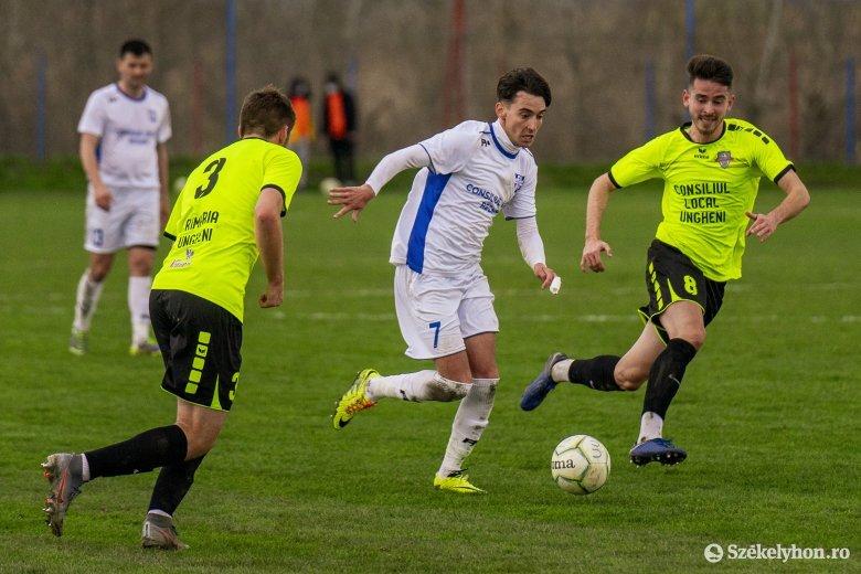 A végjátékban dőlt el a Maros megyei rangadó a 3. Ligában