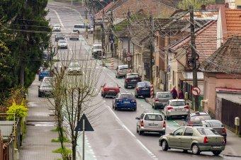Bajban a legnagyobb romániai biztosító, egy esetleges csőd nyomán drágulhat a gépjármű-felelősségbiztosítás