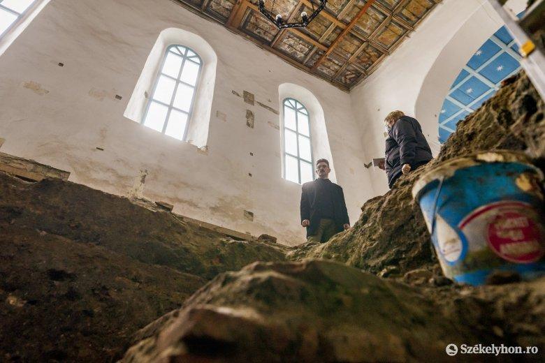 Műemlék épületek felújítását támogatják az önkormányzatok