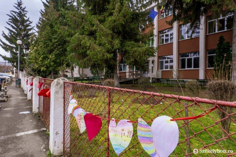 Tanügyminiszter: kudarcba fulladt az iskolai gyorstesztelés