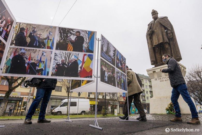 Felvonulás helyett fotókiállítással emlékeznek a székely szabadság napjára Marosvásárhelyen