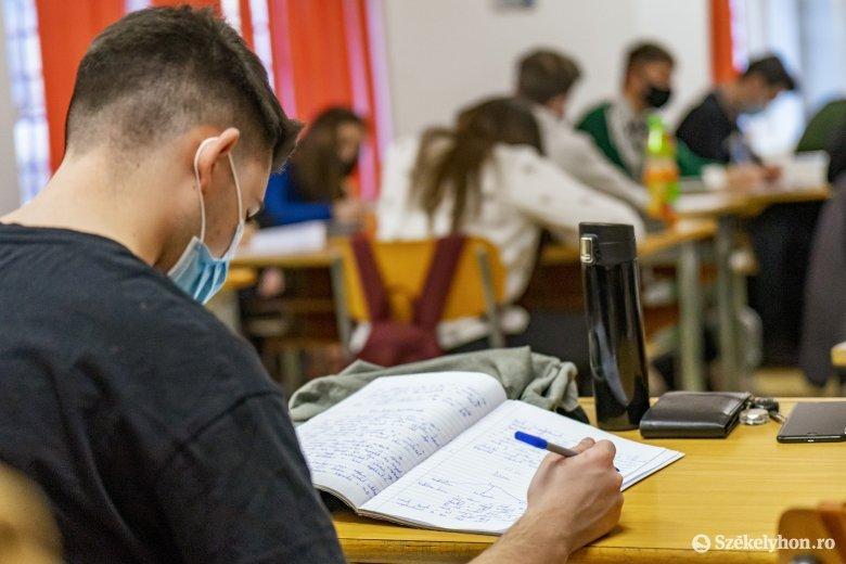 Szigorítanak az iskolai ellenőrzéseken, de nem a büntetés a cél