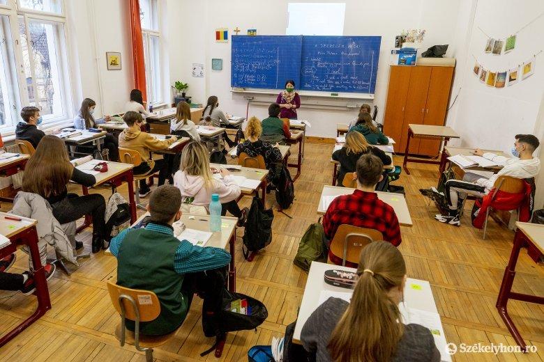 Felkészültek a tanintézetek az oktatás folytatására, a diákok örülnek, ha iskolába mehetnek