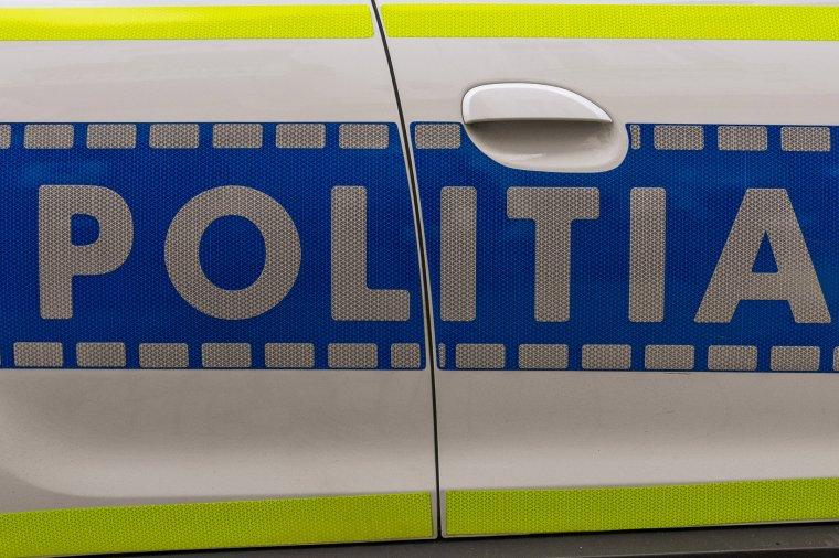 Kábítószer hatása alatt vezető sofőrt és körözött bűnözőt is kézre kerítettek