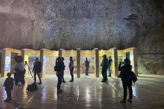 Hargita és Maros megye turistalátványosságait népszerűsíti a parajdi sóbányában létrehozott kiállítóterem