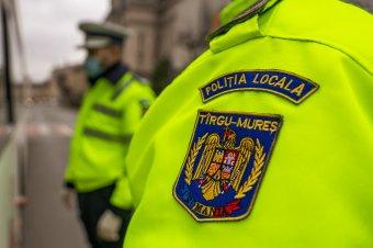 Ismét az parancsolhat, aki finanszíroz: az önkormányzatok megelégedésére visszakerül hatáskörükbe a helyi a rendőrség