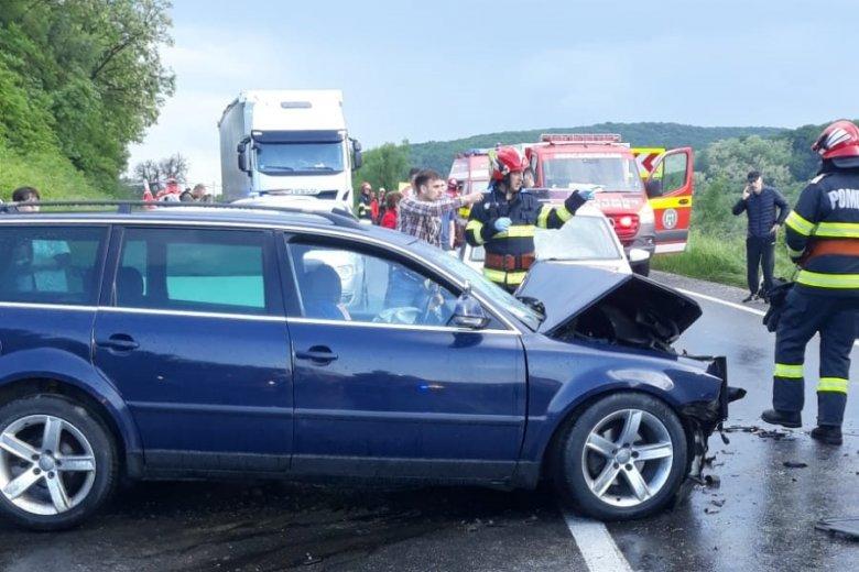 Tömegbaleset Maros megyében: öt autó ütközött, egy személyt helikopterrel szállítottak kórházba