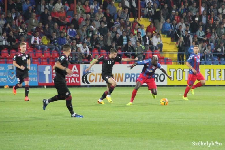 Elkészült a román bajnoki cím nélküli labdarúgók álomcsapata